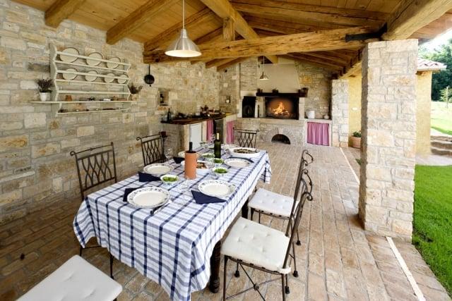 Outdoor Küche überdacht Terrasse