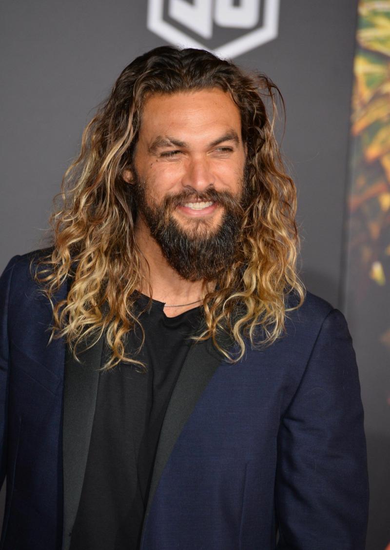 lange Haare Bart maskulin modern