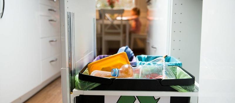 Abfalleimer reinigen wirkungsvolle Hausmittel