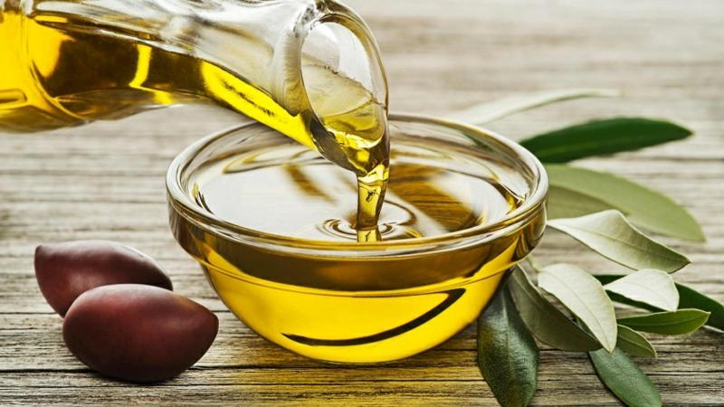 Fruchtsäurepeeling mit Olivenöl empfindliche Haut