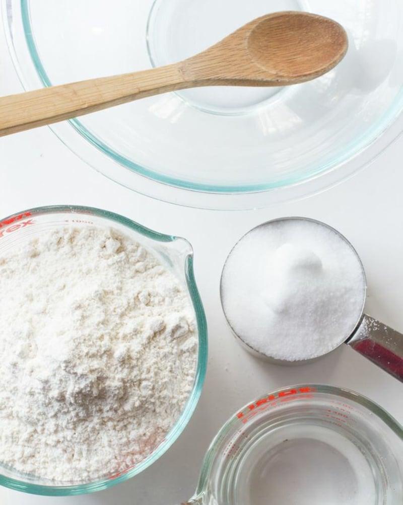 Salzteig Rezept drei Zutaten