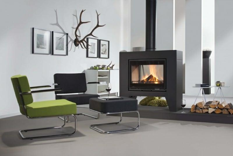 Schwedenofen eindrucksvolles Design Wohnzimmer