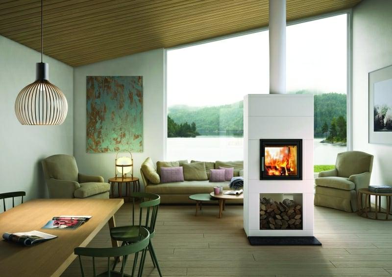Schwedenofen mit Brennholzabteilung Wohnzimmer