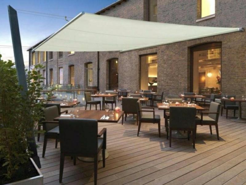 Sonnensegel Terrasse Restaurant