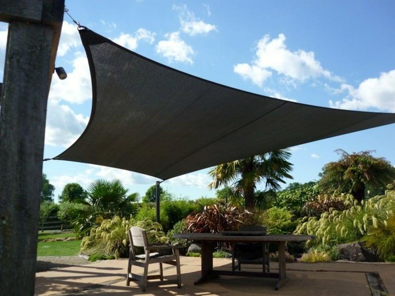 Sitzplatz im Freien Sonnensegel schwarz