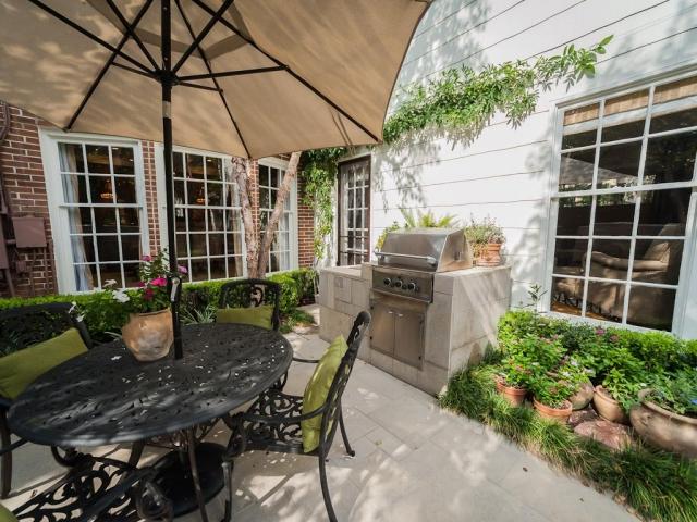 Outdoor Küche einrichten auf der Terrasse