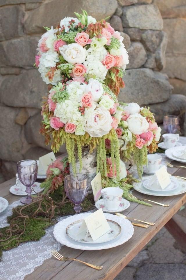 Tischdeko Hochzeit Vintage Rosenstrauß