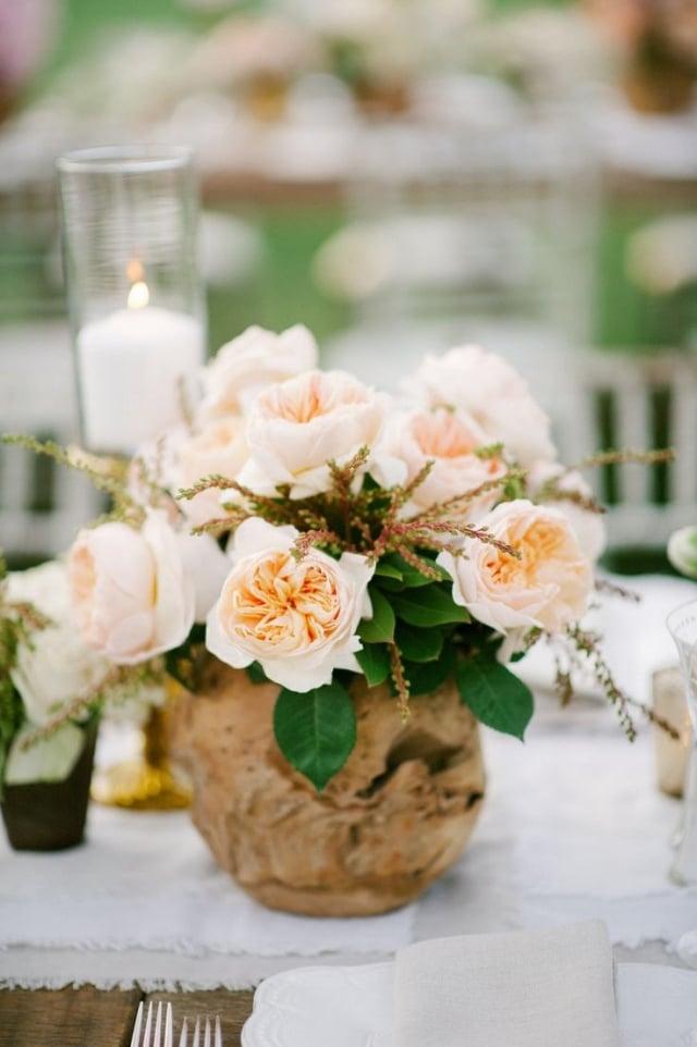 Tisch dekorieren Blumenstrauß Pfigstrosen