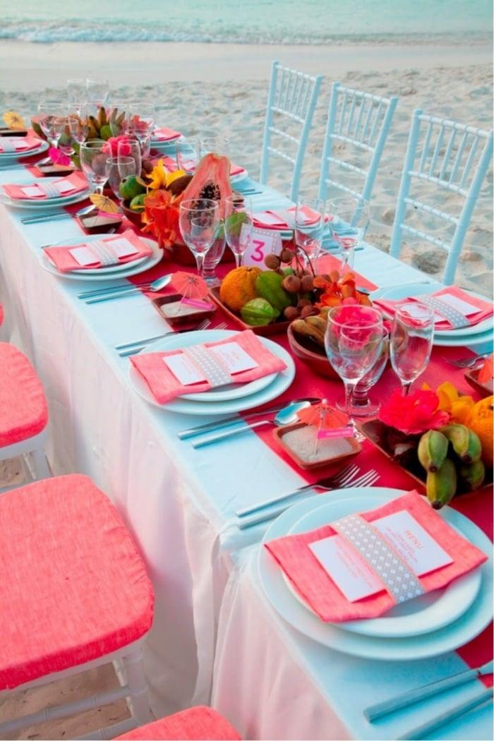 Tischdeko Hochzeit Rosa und Weiß herrlicher Look