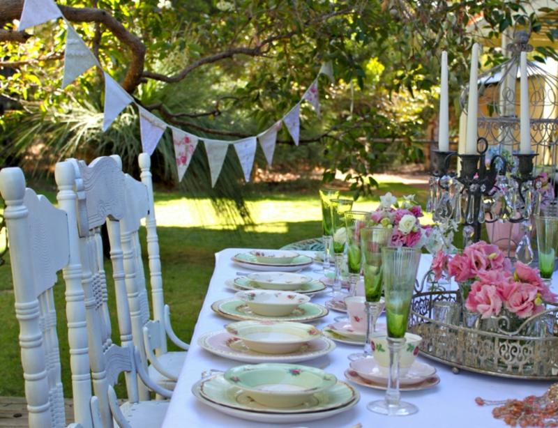 Tischdeko Hochzeit Gartenparty