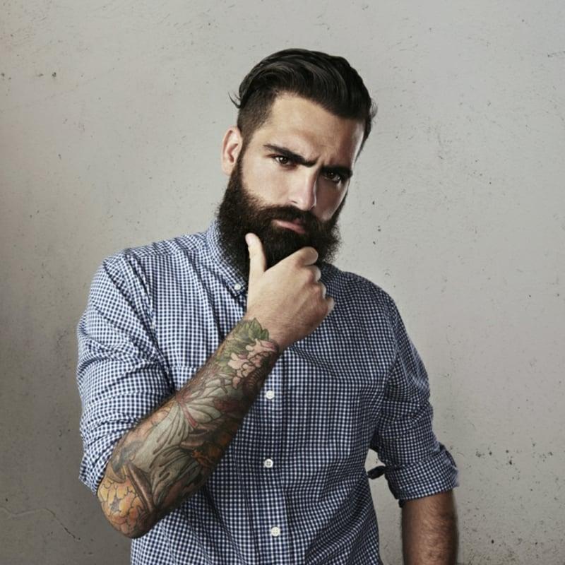Männer Frisuren mit Hipster Bart