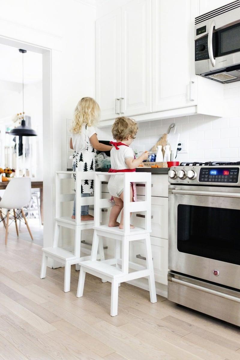 IKEA Hacks Kinderzimmer Tritthocker Turm