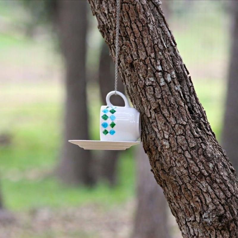 Vogelfutter Teetasse aufhängen Tassenuntersetzer Garten