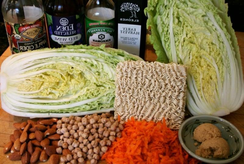 Yum Yum Salat notwendige Zutaten