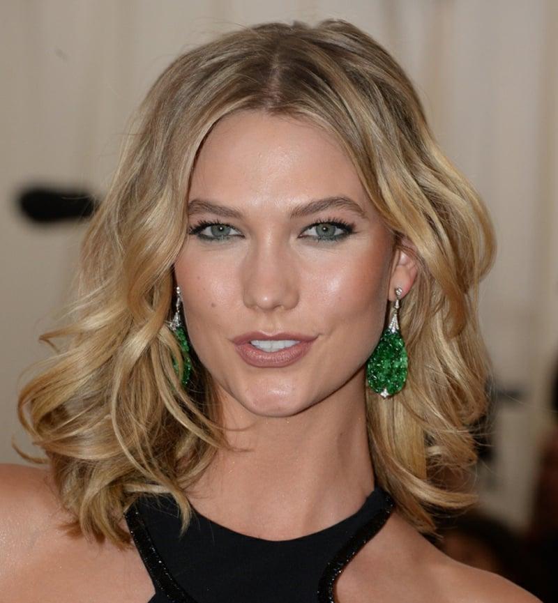 Make-up Augen grüner Kajal