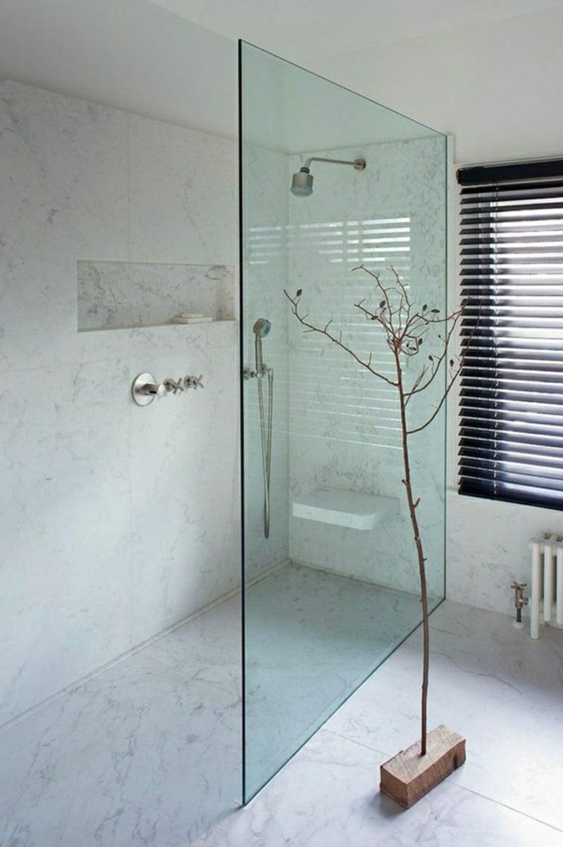Duschbereich modern Abtrennung Glaswand