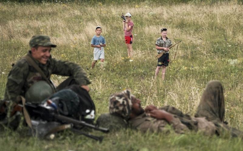 Bilder zum Nachdenken Kinder Soldaten