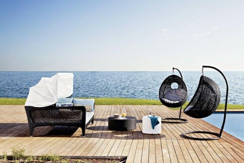 moderne Sessel hängend Metallgestell Terrasse