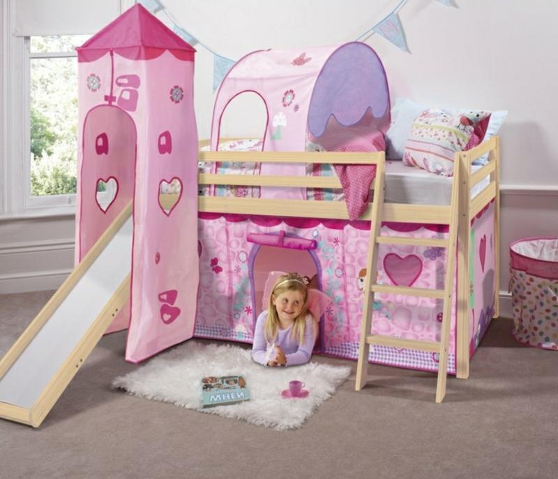 süßes Hochbett mit Rutsche und Turm Mädchen