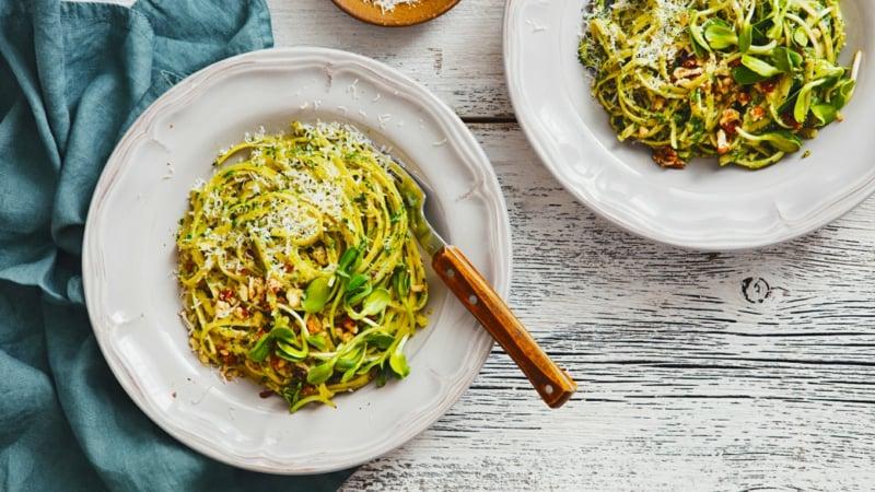 Nudeln ohne Kalorien Zucchinispaghetti