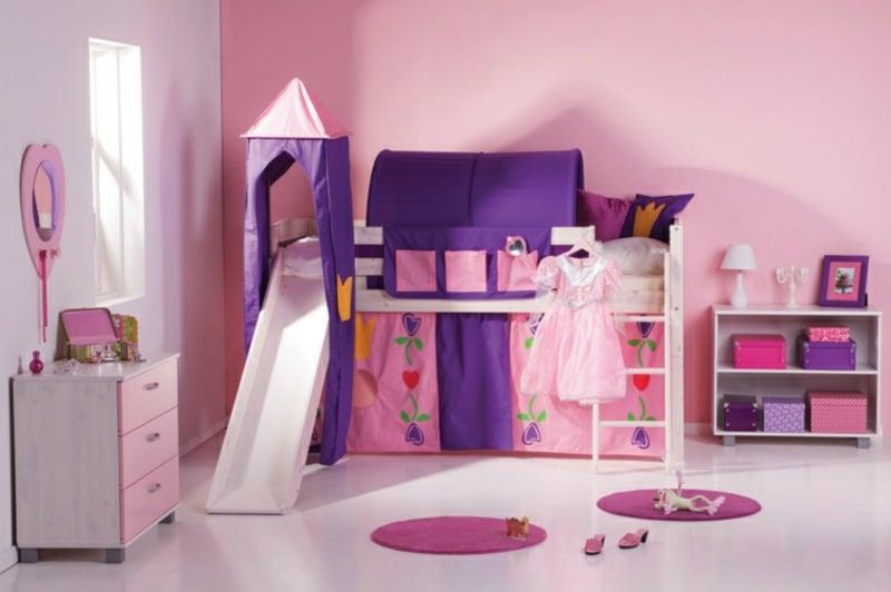 Hochbett mit Rutsche dekorieren in Violett und Rosa