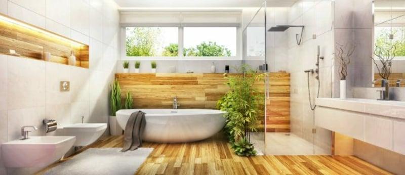 modernes Badezimmer Holzboden Badewanne offene Dusche