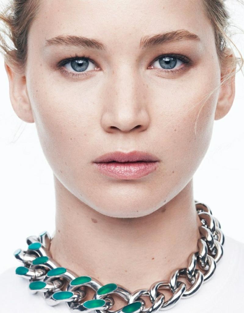Make-up Nude Schlupflider Jennifer Lawrence