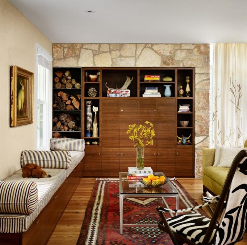 Orientteppich Wohnzimmer Akzentwand Naturstein