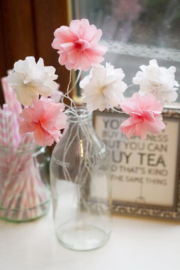 zarte Blumen basteln aus Papier
