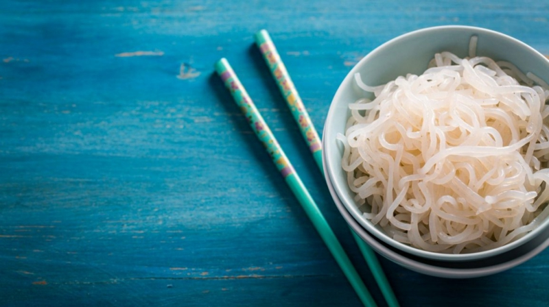 Nudeln ohne Kalorien low carb Shirataki Nudeln