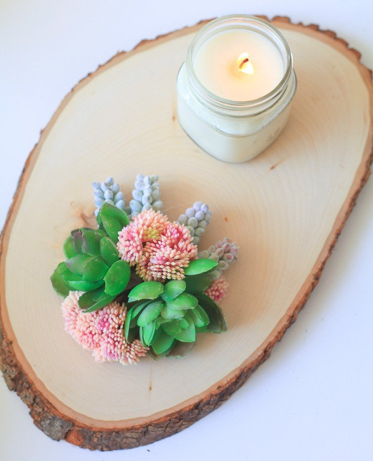Frühlingsdeko aus Holz selber machen Tischdeko Holzscheibe