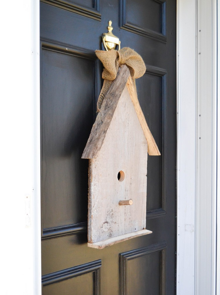 Eingangstür dekorieren Vogelhaus aus Holz
