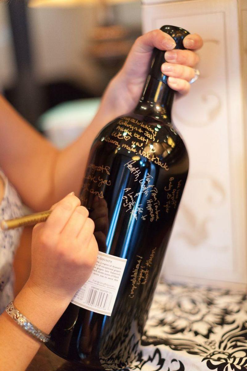 Gästebuch Hochzeit Weinflasche ungewöhnlich