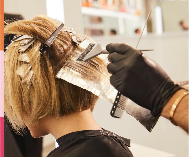 Haare colorieren Mousse