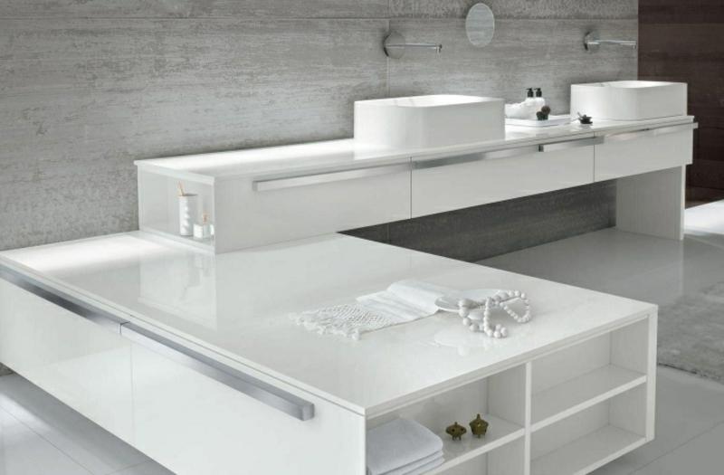 Badezimmerschrank super modern eingebaut
