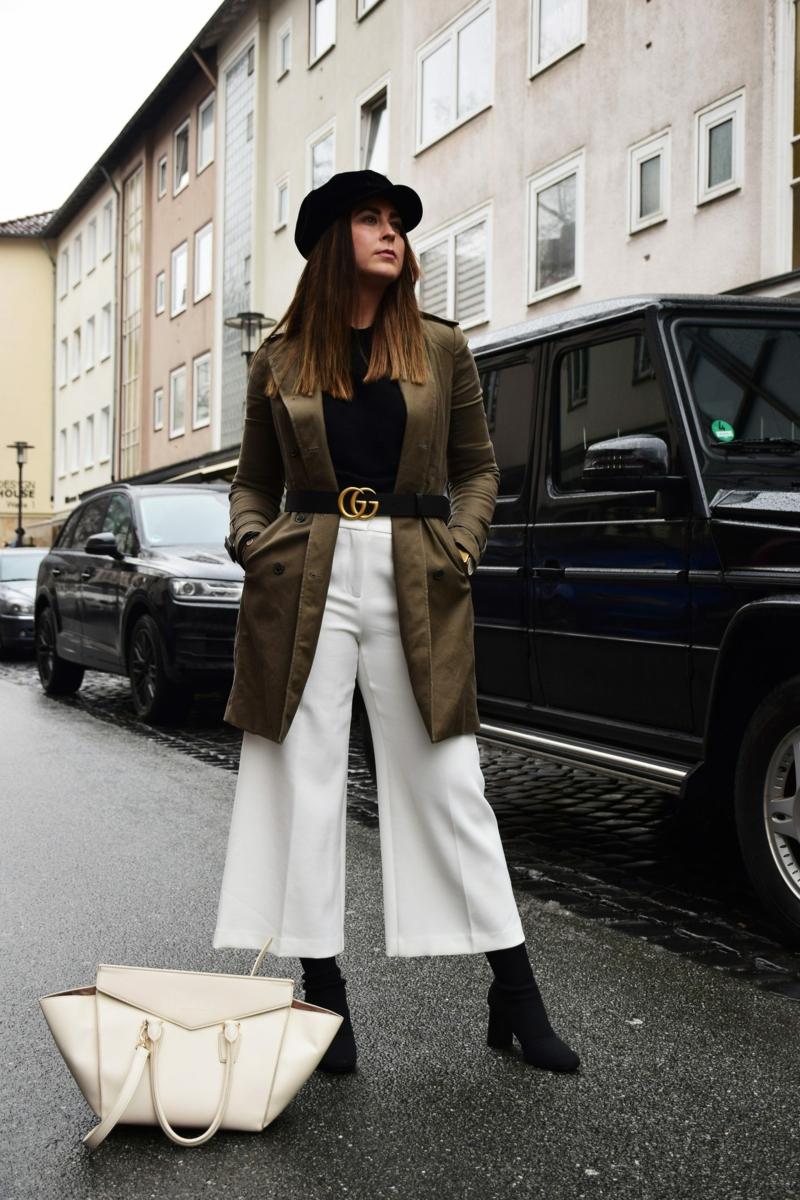 Gucci Gürtel weiße Hose breit