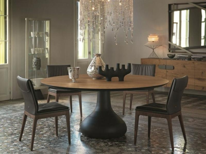 runder Esstisch große Holzplatte Landhausstil