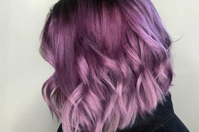Haare colorieren modern rosa violett