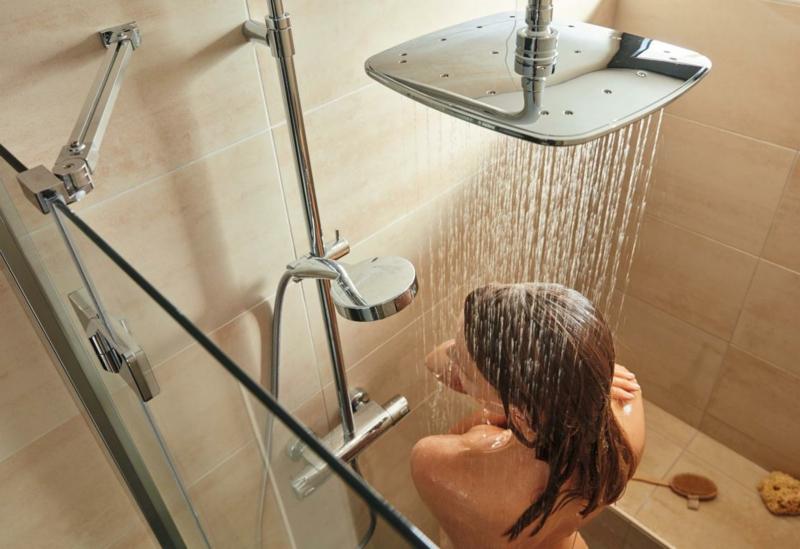 Haarentfernung nach Duschen