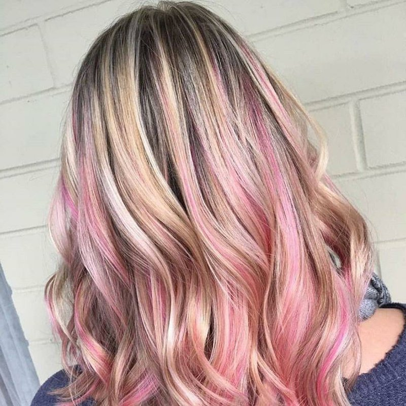 Ombre Haare super modern blond pink