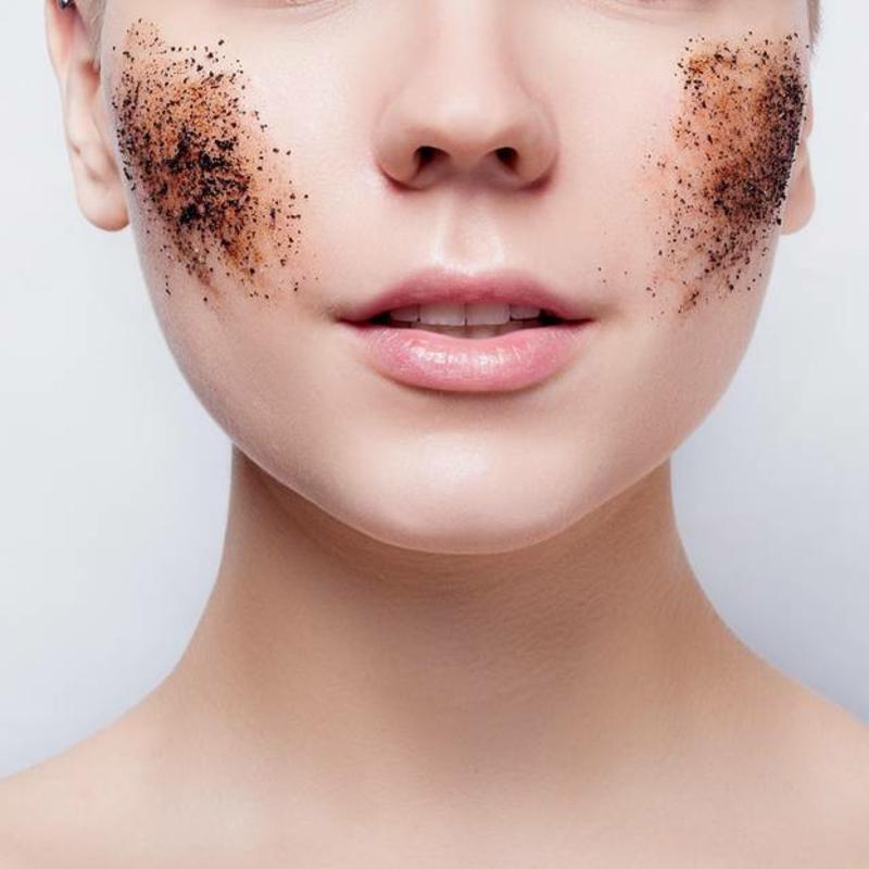 Gesichtsreinigung Peeling
