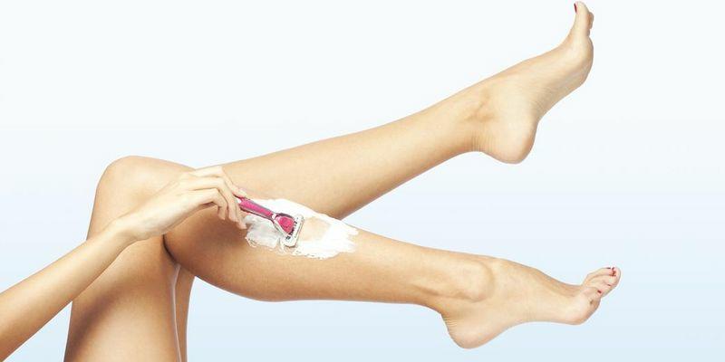 Beine rasieren praktische Tipps