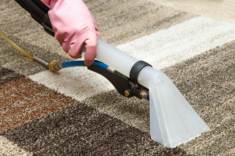 Teppich reinigen hilfreiche Tipps