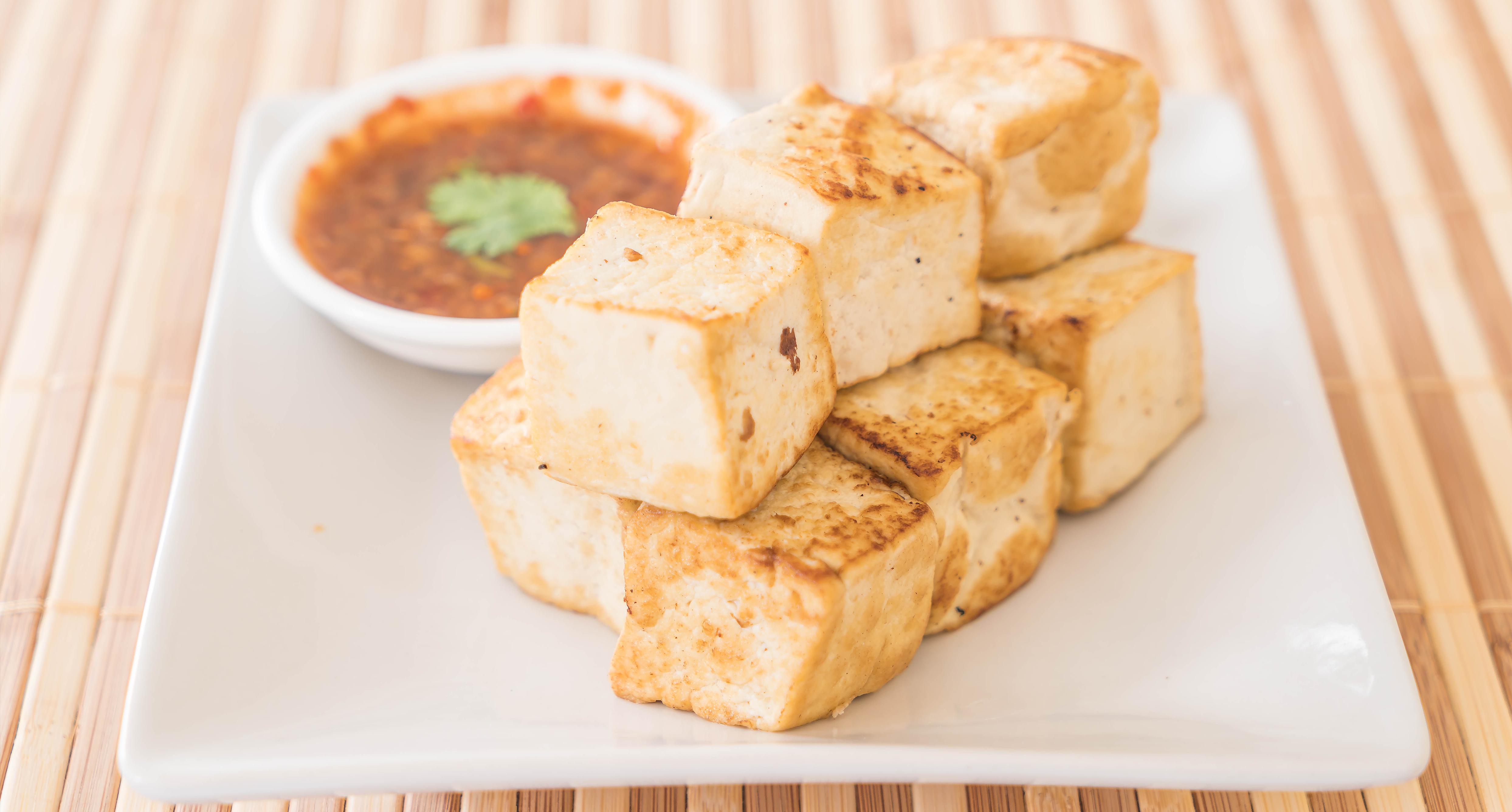 Tofu grillen mit scharfer Soße