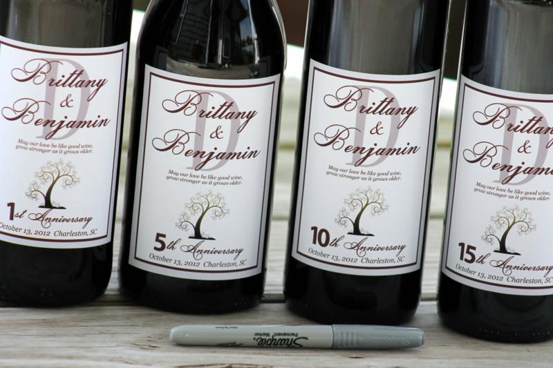 auf Weinflaschen schreiben für jeden Jahrestag