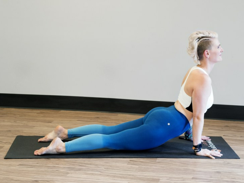 Yoga-Übungen Sonnengruß
