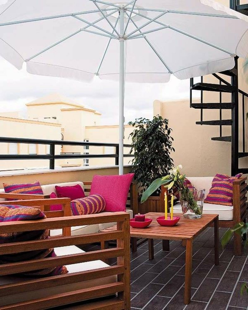 Sonnenschirm Sitzecke Balkon