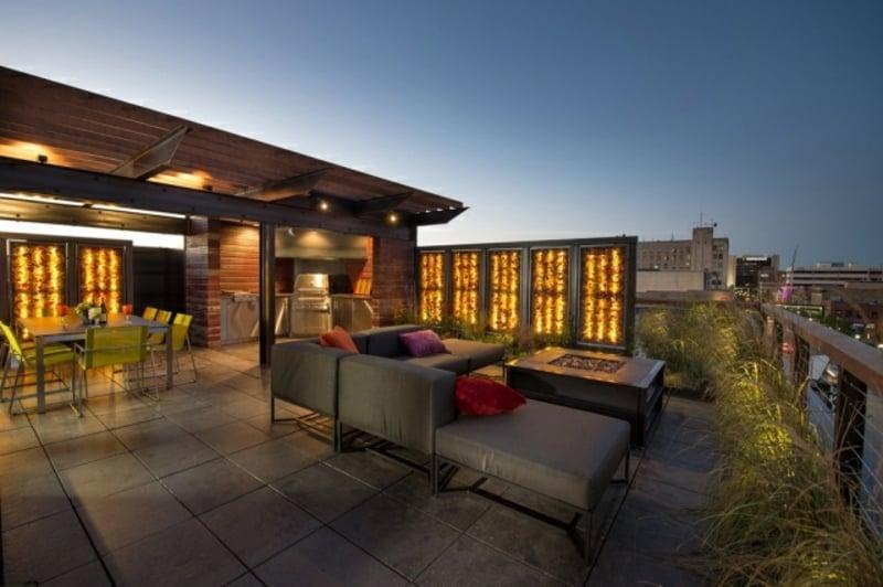 Balkon modern Zeirgräser Überdachung