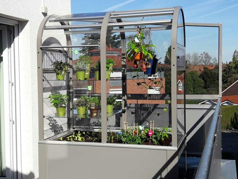 modernes Gewächshaus Metallrahmen Balkon Terrasse