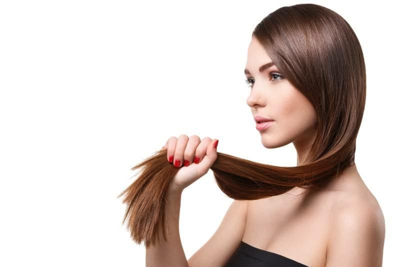 Haarglätter verwenden Hitzeschutz